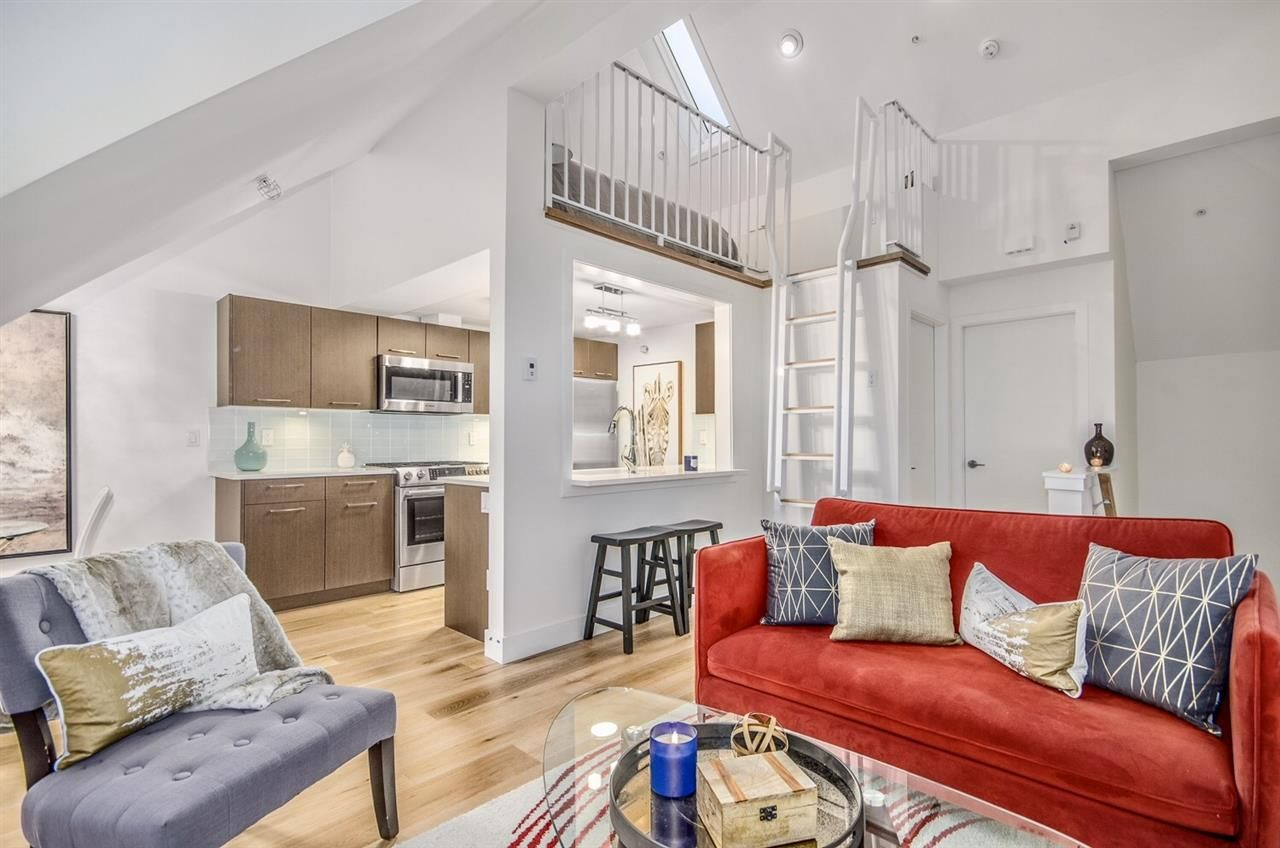 """Main Photo: 1084 NICOLA Street in Vancouver: Downtown VW Condo for sale in """"Nicola Mews"""" (Vancouver West)  : MLS®# R2142183"""