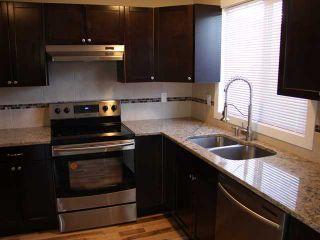 Photo 4: 3 2232 33 Avenue SW in CALGARY: Richmond Park Knobhl Townhouse for sale (Calgary)  : MLS®# C3499475