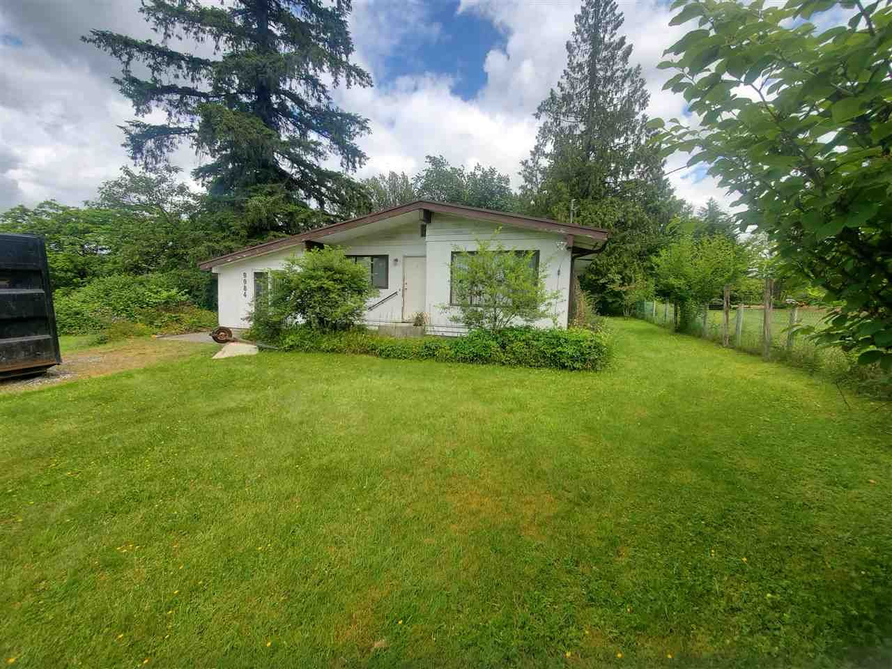 Main Photo: 9984 276 STREET in Maple Ridge: Whonnock House for sale : MLS®# R2465568