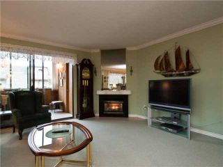 Photo 5: 206 3187 MOUNTAIN Highway in North Vancouver: Lynn Valley Condo for sale : MLS®# V864797