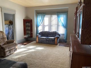 Photo 6: 307 Lonsdale Street in Luseland: Residential for sale : MLS®# SK845777