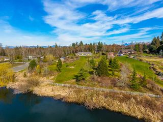 "Photo 15: 19110 42A Avenue in Surrey: Serpentine House for sale in ""LAKESIDE ESTATES"" (Cloverdale)  : MLS®# R2489756"