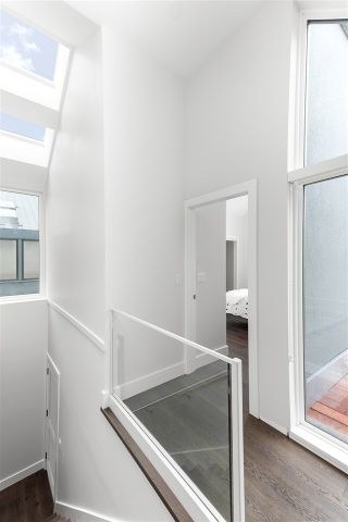 """Photo 7: 2856 YUKON Street in Vancouver: Mount Pleasant VW Townhouse for sale in """"Campbell Residences"""" (Vancouver West)  : MLS®# R2584918"""