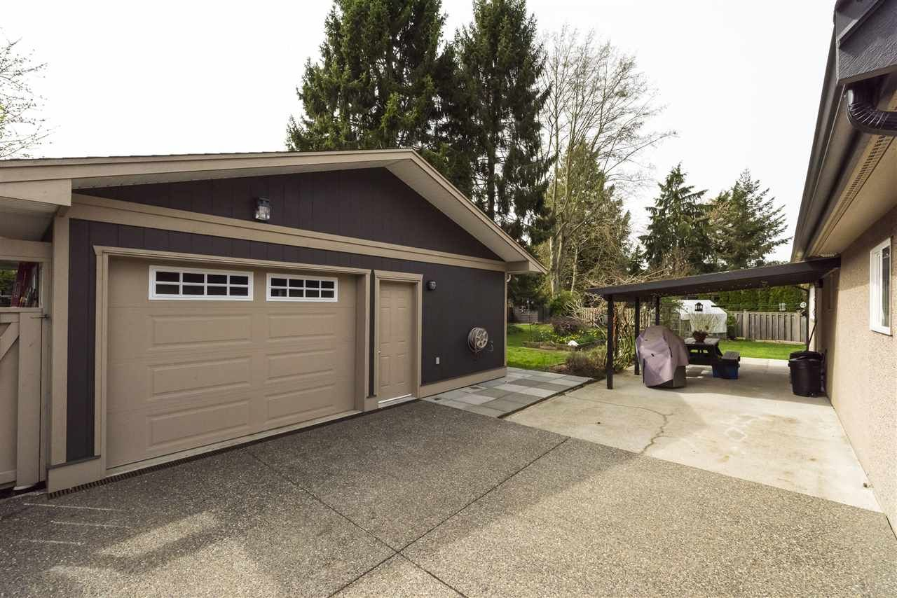 Photo 17: Photos: 4633 RILEY PLACE in Delta: Ladner Elementary House for sale (Ladner)  : MLS®# R2254168