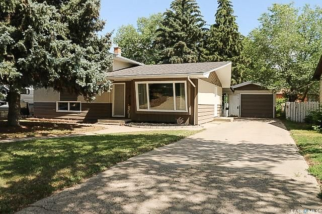 Main Photo: 467 2nd Avenue Southeast in Swift Current: South East SC Residential for sale : MLS®# SK777770