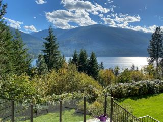 Photo 4: 5930 STAFFORD ROAD in Nelson: House for sale : MLS®# 2461427