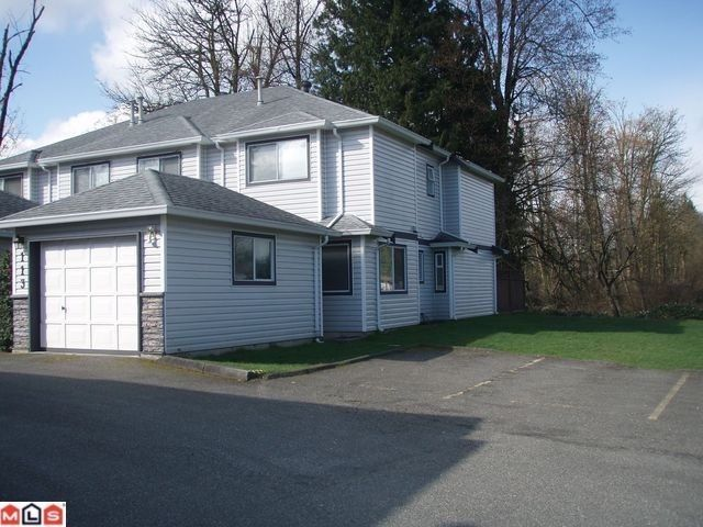 "Main Photo: 113 9507 208TH Street in Langley: Walnut Grove Townhouse for sale in ""YORKSON MANOR"" : MLS®# F1213120"