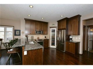 Photo 5: 14 WEST POINTE Manor: Cochrane House for sale : MLS®# C4108329