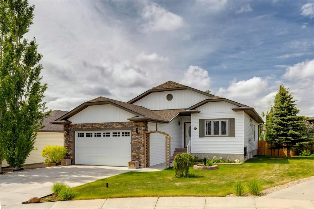 Main Photo: 138 STRATHMORE LAKES Place: Strathmore Detached for sale : MLS®# A1118209