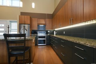Photo 7: 103 2745 Veterans Memorial Pkwy in : La Mill Hill Row/Townhouse for sale (Langford)  : MLS®# 866685