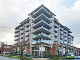 Main Photo: 711 298 11 Avenue in Vancouver: Mount Pleasant VE Condo for sale (Vancouver East)  : MLS®# R2037901