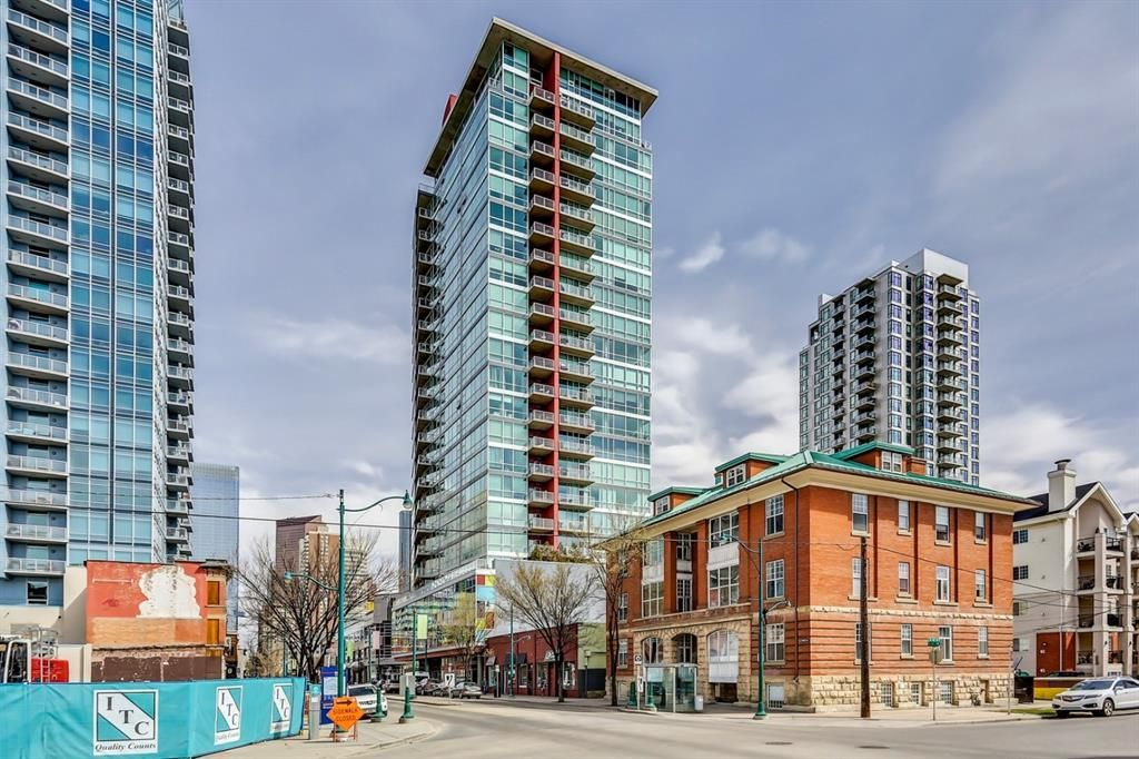 Main Photo: 1210 135 13 Avenue SW in Calgary: Beltline Apartment for sale : MLS®# A1127428