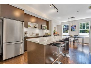 """Photo 2: 44 101 FRASER Street in Port Moody: Port Moody Centre Townhouse for sale in """"CORBEAU by MOSAIC"""" : MLS®# R2597138"""