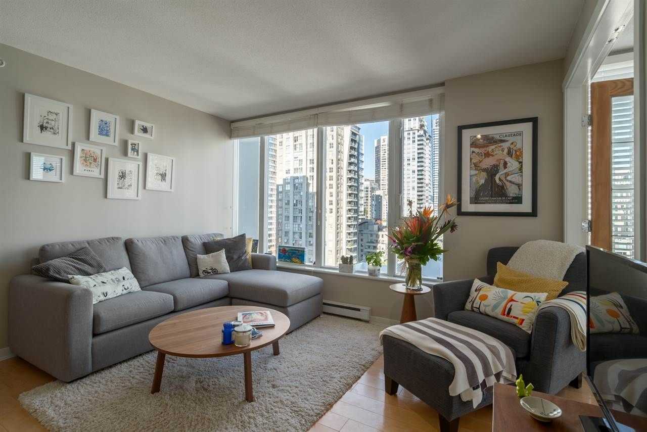 """Main Photo: 1204 1010 RICHARDS Street in Vancouver: Yaletown Condo for sale in """"THE GALLERY"""" (Vancouver West)  : MLS®# R2115670"""