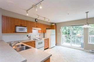 """Photo 5: 44 20760 DUNCAN Way in Langley: Langley City Townhouse for sale in """"Wyndham Lane II"""" : MLS®# R2461053"""