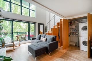 """Photo 11: 518 22 E CORDOVA Street in Vancouver: Downtown VE Condo for sale in """"Van Horne"""" (Vancouver East)  : MLS®# R2600370"""