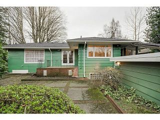 Photo 2: 4925 QUEENSLAND Road in Vancouver: University VW House for sale (Vancouver West)  : MLS®# R2027458