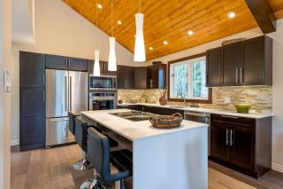 """Photo 5: 6315 FAIRWAY Drive in Whistler: Whistler Cay Heights House for sale in """"Whistler Cay Heights"""" : MLS®# R2083888"""