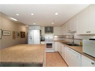 """Photo 3: 202 615 HAMILTON Street in New Westminster: Uptown NW Condo for sale in """"THE UPTOWN"""" : MLS®# V898518"""