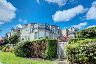 "Photo 10: 208 2110 CORNWALL Avenue in Vancouver: Kitsilano Condo for sale in ""Seagate Villa"" (Vancouver West)  : MLS®# R2515614"