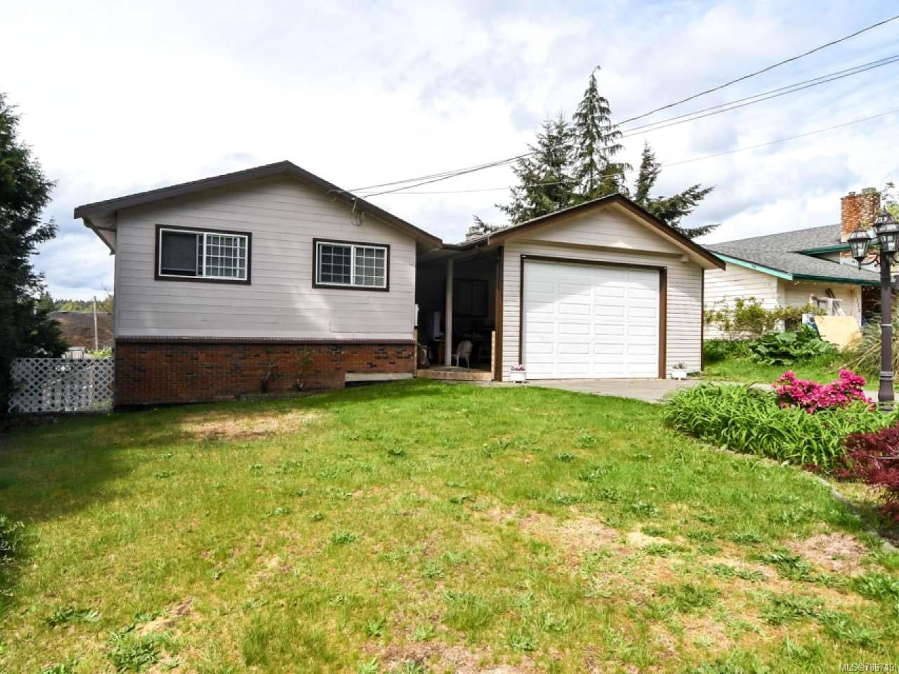 Photo 3: Photos: 1234 Denis Rd in CAMPBELL RIVER: CR Campbell River Central House for sale (Campbell River)  : MLS®# 786719