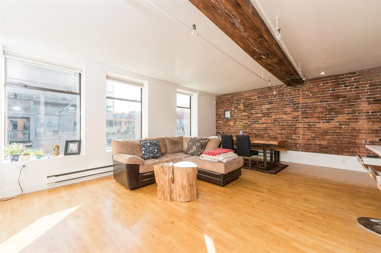 Main Photo: 403 150 ALEXANDER STREET in : Downtown VE Condo for sale (Vancouver East)  : MLS®# R2038677