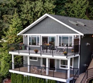 Photo 2: 1841 NORTH Road in Gibsons: Gibsons & Area House for sale (Sunshine Coast)  : MLS®# R2619808