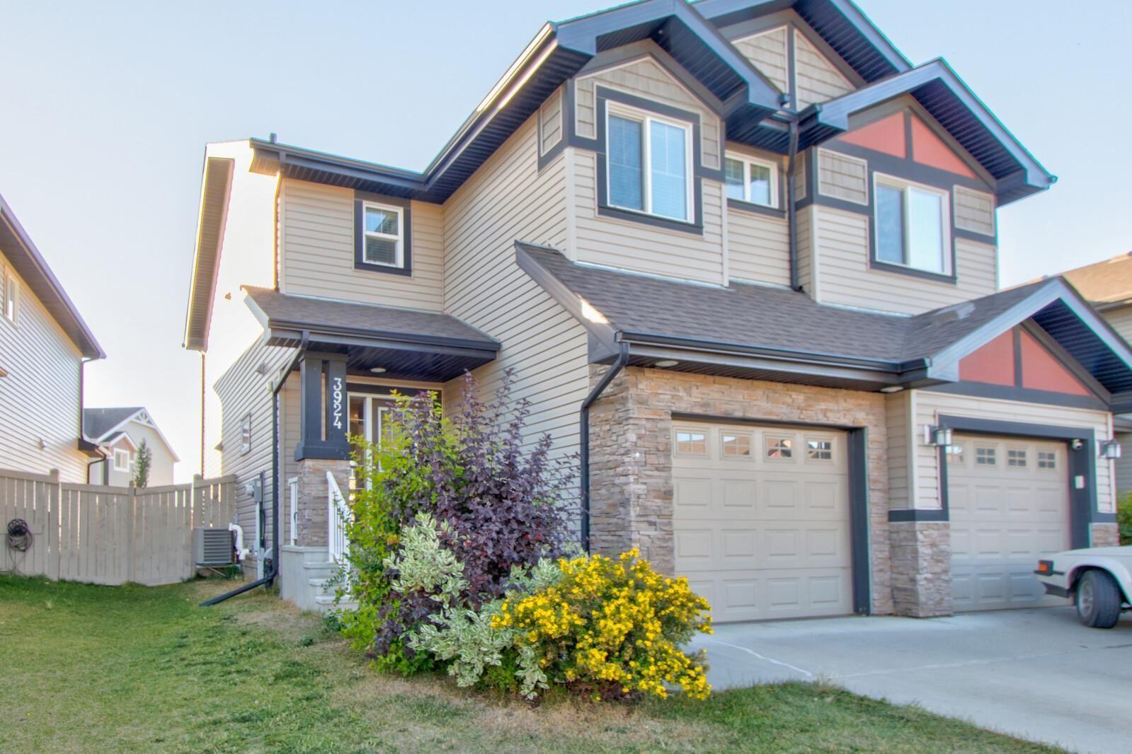 Main Photo: 3924 6 Street in Edmonton: Zone 30 House Half Duplex for sale : MLS®# E4264000