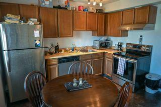 Photo 5: 104 TUDOR Lane in Edmonton: Zone 16 Townhouse for sale : MLS®# E4261181
