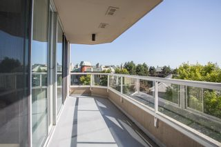 "Photo 14: 404 1045 QUAYSIDE Drive in New Westminster: Quay Condo for sale in ""Quayside Tower I"" : MLS®# R2529846"