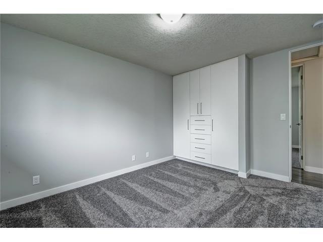 Photo 27: Photos: 448 CEDARPARK Drive SW in Calgary: Cedarbrae House for sale : MLS®# C4084629