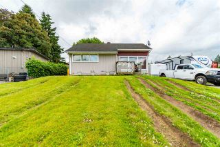 Photo 2: 45470 BERNARD Avenue in Chilliwack: Chilliwack W Young-Well House for sale : MLS®# R2593211