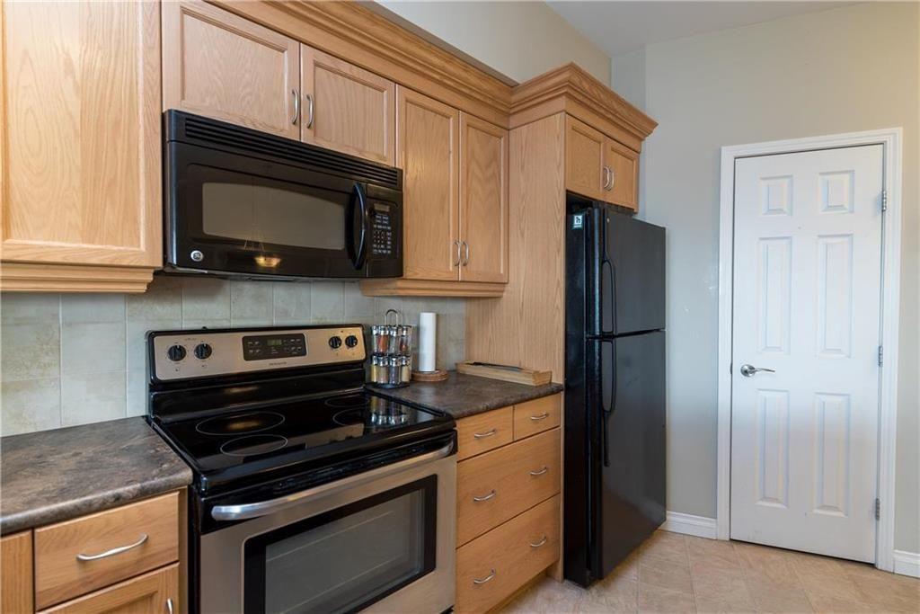 Photo 8: Photos: 419 1205 St Anne's Road in Winnipeg: River Park South Condominium for sale (2F)  : MLS®# 202101052