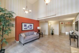 """Photo 22: 304 2271 BELLEVUE Avenue in West Vancouver: Dundarave Condo for sale in """"Rosemont"""" : MLS®# R2618962"""