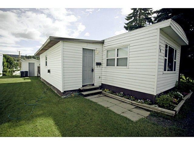 Main Photo: 59 3001 MACKENZIE Avenue in Williams Lake: Williams Lake - City Manufactured Home for sale (Williams Lake (Zone 27))  : MLS®# N225771