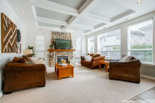 """Photo 6: 21652 90B Avenue in Langley: Walnut Grove House for sale in """"MADISON PARK"""" : MLS®# R2445516"""