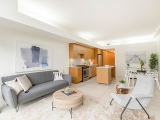 """Main Photo: 505 33 W PENDER Street in Vancouver: Downtown VW Condo for sale in """"33 LIVING"""" (Vancouver West)  : MLS®# R2565182"""