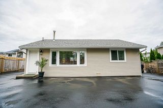 Photo 11: 19269 PARK ROAD in Pitt Meadows: Mid Meadows House for sale : MLS®# R2301920