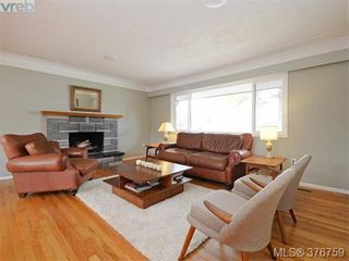 Photo 2: 4419 Chartwell Dr in VICTORIA: SE Gordon Head House for sale (Saanich East)  : MLS®# 756403