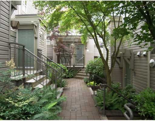 """Main Photo: 29 2375 W BROADWAY BB in Vancouver: Kitsilano Townhouse for sale in """"TALIESEN"""" (Vancouver West)  : MLS®# V725851"""