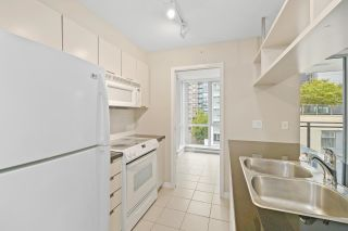 """Photo 10: 806 1082 SEYMOUR Street in Vancouver: Downtown VW Condo for sale in """"FREESIA"""" (Vancouver West)  : MLS®# R2621696"""