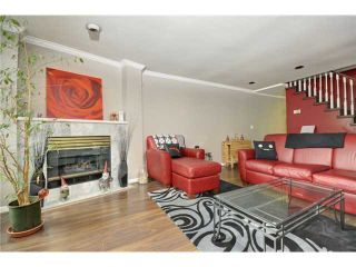 """Photo 2: # 25 -  3228 Raleigh Street in Port Coquitlam: Central Pt Coquitlam Condo for sale in """"MAPLE CREEK"""" : MLS®# V946545"""
