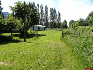 "Photo 5: 4985 BERGMAN Road in YARROW, CHILLIWACK: Yarrow House for sale in ""YARROW"" (Chilliwack)  : MLS®# H1002702"