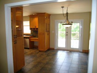Photo 4: 15590 MADRONA DR in Surrey: King George Corridor House for sale (South Surrey White Rock)  : MLS®# F1425041