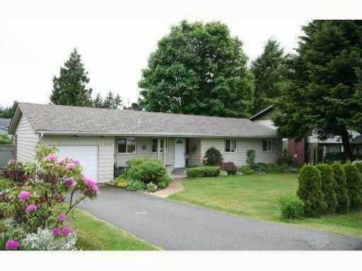 Main Photo: 1660 EDWARDS RD in Squamish: Brackendale House for sale : MLS®# V1063537