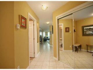 """Photo 2: 1003 33065 MILL LAKE Road in Abbotsford: Central Abbotsford Condo for sale in """"SUMMIT POINT ON THE LAKE"""" : MLS®# F1300164"""