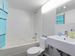 """Photo 14: 58 870 W 7TH Avenue in Vancouver: Fairview VW Townhouse for sale in """"Laurel Court"""" (Vancouver West)  : MLS®# R2169394"""
