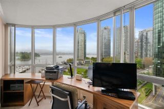 Photo 19: 702 588 BROUGHTON STREET in Vancouver: Coal Harbour Condo for sale (Vancouver West)  : MLS®# R2575950