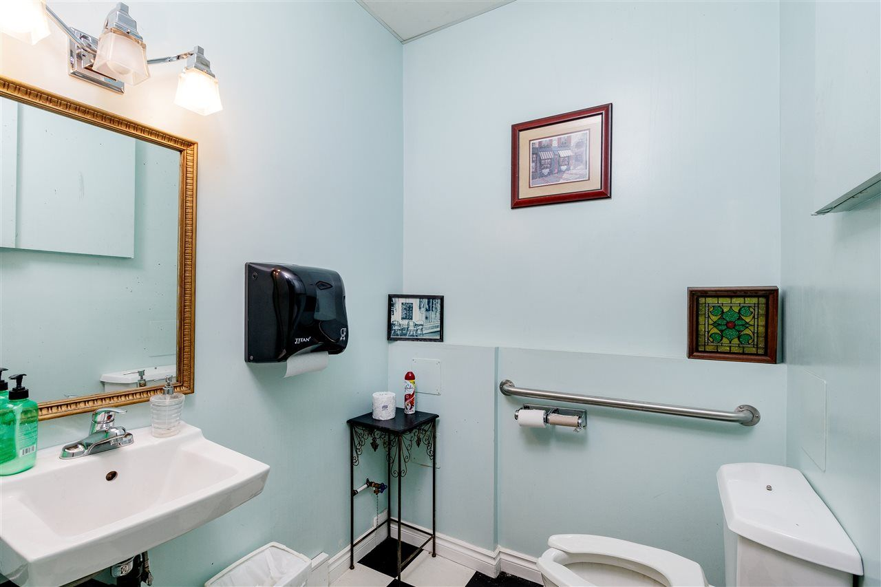 Photo 16: Photos: 33057 1ST AVENUE in Mission: Mission BC Commercial for sale : MLS®# C8033566
