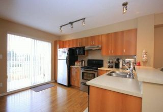"""Photo 3: 69 15155 62A Avenue in Surrey: Sullivan Station Townhouse for sale in """"THE OAKLANDS"""" : MLS®# R2109415"""